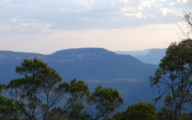 Panoramic view of Jamison Valley, Blue Mountains