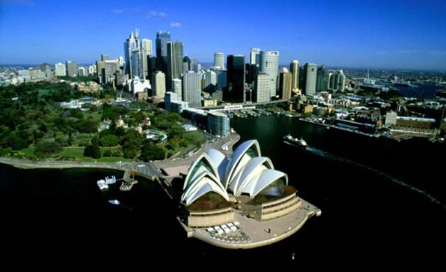 Sydney Cove - The Opera House, Royal Botanic Gardens, Circular Quay and The Rocks