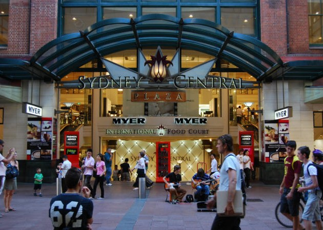 Shopping in Sydney - Find Bargains in the City at the Pitt Street Mall - Photo: Sydney Central Plaza.