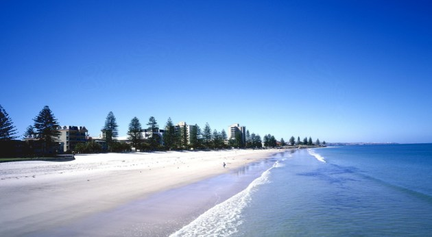 Adelaide Glenelg Beach - © Tourism Australia