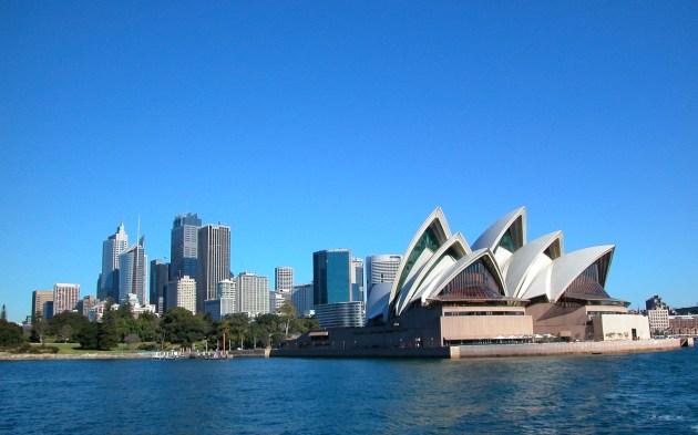 Sydney has its benefits - Cruising Sydney Harbour