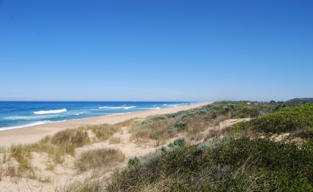 Natural Scenery of Ninety Mile Beach, Gippsland Victoria Coast